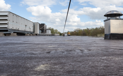 Why Commercial Property Owners Prefer Flat Rubber Roofs